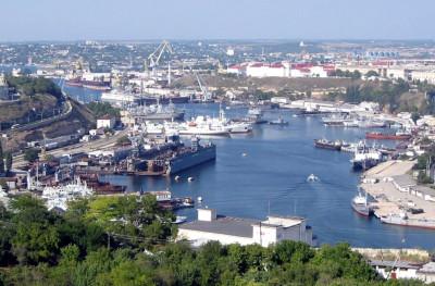 Севастопольский морской порт - начало года