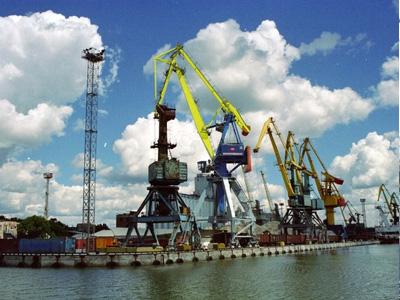 Мариупольский морской порт за 5 месяцев увеличил грузооборот на 9,4%