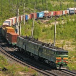 Год со дня запуска еженедельного контейнерного поезда  «Усть-Лужский Экспресс»