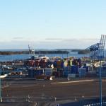 Грузооборот порта Хамина-Котка (Финляндия) в январе-апреле 2015 года сократился на 4,2% - до 4,4 млн тонн