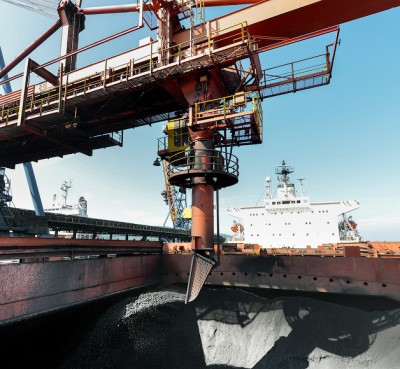 Перевозка угля морем и перевалка угля в порту