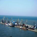 Данные по грузообороту и контейнерообороту морских портов России за 5 месяцев 2016 года